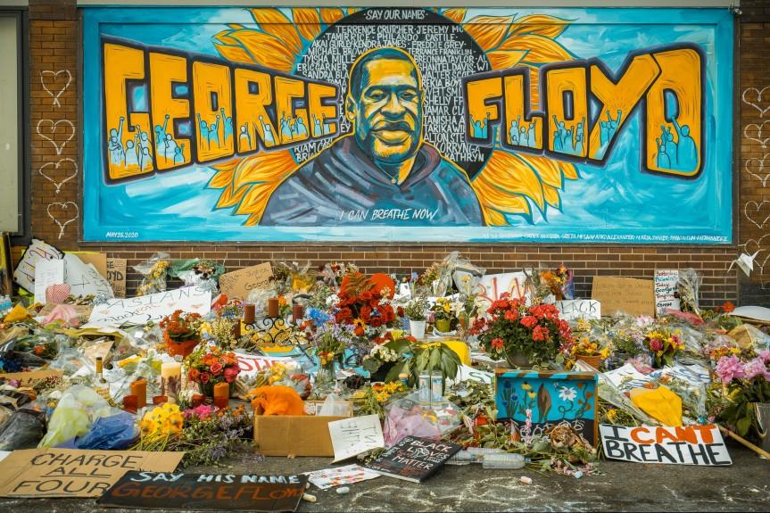 El juicio por la muerte de George Floyd: los argumentos de la fiscalía y de la defensa y los retos queenfrentan